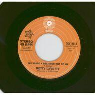Bettye Lavette / Ujima - You Made A Believer Out Of Me / I'm Not Ready